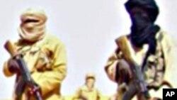 Photo d'otages extraite de la vidéo diffusée par AQMI, 30 septembre 2010.