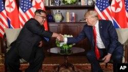 El presidente de Estados Unidos se reunirá en privado con Kim Jong Un por aproximadamente una hora.