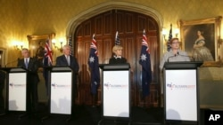 미국-호주 외교·국방장관 회담이 5일 시드니에서 열렸다. 왼쪽부터 제임스 매티스 미 국방장관, 렉스 틸러슨 미 국무장관, 줄리 비숍 호주 외교장관, 마리스 페인 호주 국방장관