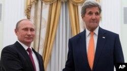 بحران سوریه، اوکراین و مبارزه با دهشت افگنی نکات اساسی بحث مقامهای روسی و امریکایی بود.