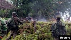Des soldats congolais près de Rumangabo