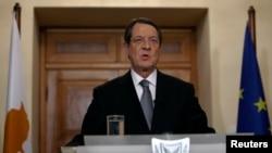 Presiden Siprus Nicos Anastasiades menyampaikan pidato kenegaraan dari Istana Presiden di Nicosia (25/3).