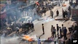 کراچی : لوڈ شیڈنگ کے باعث روشنیوں کے بجائے اندھیرے کا شہر بن گیا