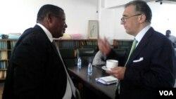 IMF's Domenico Fanizza chats with parliamentarian David Chapfika. (Photo: Irwin Chifera)