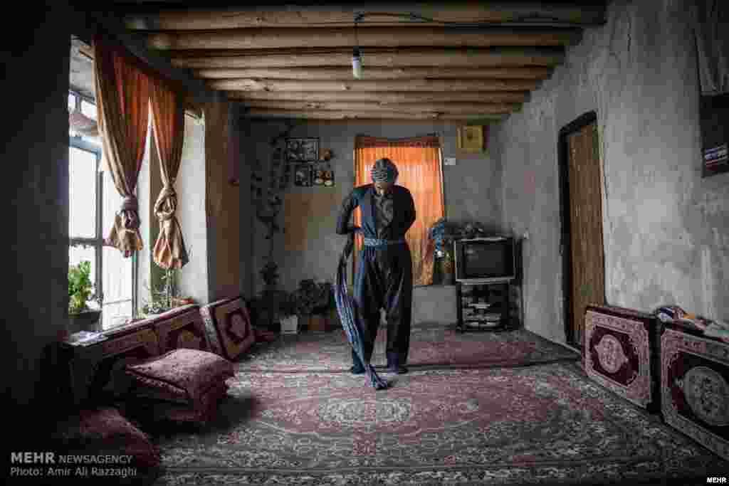 بلکر روستای زیبا در ۸۵ کیلومتری مریوان در استان کردستان ایران است. مردمی که به شیوه سنتی زندگی می کنند. عکس: امیرعلی رزاقی