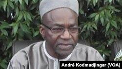 Le chef de file de l'opposition tchadienne, Saleh Kebzabo à N'Djamena, 29 avril 2016. VOA/André Kodmadjingar