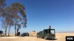 Kurd peshmerga jangchilari. Mosul, Iroq.