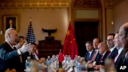美中代表在华盛顿举行贸易谈判(2019年1月30日美联社)