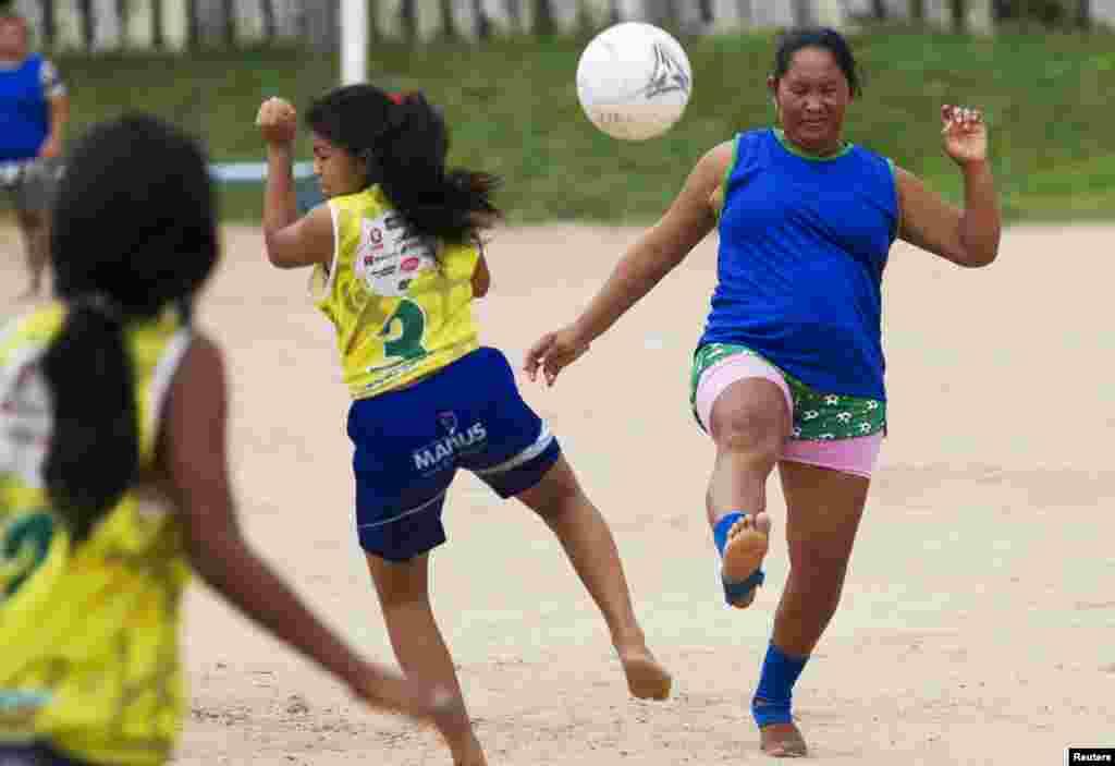 ورلڈ کپ کا فائنل 13 جولائی کو برازیل کے شہر ریو ڈی جنیرو میں کھیلا جائے گا۔
