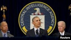 اوباما برای شرکت در جلسه ای با اعضای شورای امنیت ملی آمریکا به مقر سازمان سیا در شمال ویرجینیا رفت.