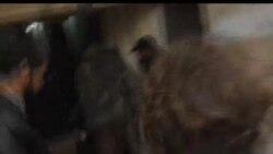 2012-02-08 美國之音視頻新聞: 活動人士說敘利亞軍隊繼續攻擊霍姆斯