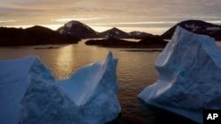یخچال های گرینلند سریعتر از دهه گذشته در حال ذوب شدن هستند - کولوسوک، گرینلند، ۱۶ اوت ۲۰۱۹