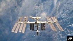 นักบินอวกาศอเมริกันชุดดั้งเดิม เป็นห่วงอนาคตของโครงการอวกาศสหรัฐหลังการยุติโครงการยานแบบไป-กลับ