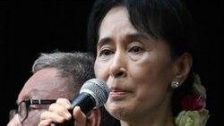 دبیرکل سازمان ملل متحد و آنگ سان سوچی می خواهند تمام زندانیان سیاسی در برمه آزاد شوند
