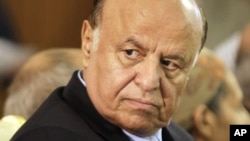 លោកប្រធានាធិបតីយេម៉ែន Abdu Rabu Mansour បាននិយាយថា រដ្ឋាភិបាលលោកនឹងងមិនចូលរួមក្នុងកិច្ចចរចាសន្តិភាពរៀបចំឡើងដោយអ.ស.ប លុះត្រាតែពួកឧទ្ទាម Houthis ដកថយចេញពីដែនដី ដែលពួកគេកាន់កាប់ដោយគោរពតាមសេចក្តីសម្រេចចិត្តរបស់អ.ស.ប។