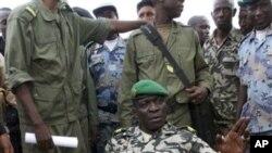 Người đứng đầu vụ đảo chánh, Đại úy Amadou Sanogo