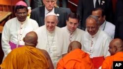 Le pape François au Sri Lanka (AP)