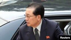张成泽(资料照片)