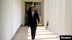 Lors d'une cérémonie à la Maison Blanche, le président Barack Obama a signé deux décrets en faveur des homosexuels et personnes transgenre