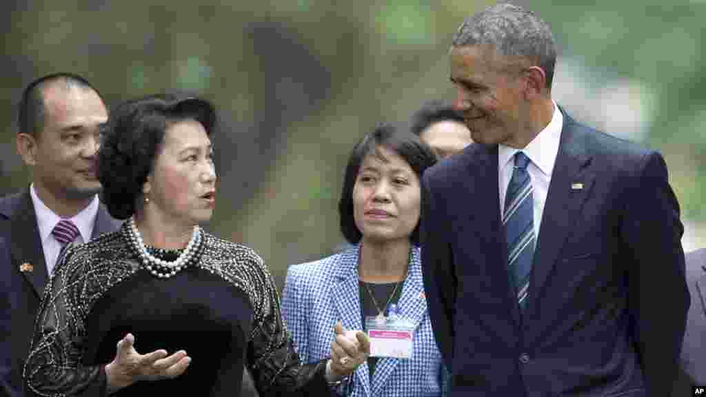 Prezident Obama Vyetnamda