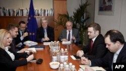 Përfundon raundi i katërt i bisedimeve Kosovë-Serbi