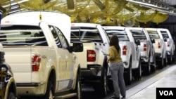 Según el departamento de Comercio de EE.UU., el aumento en la venta de vehículos impulsó el incremento en las ventas minoristas.
