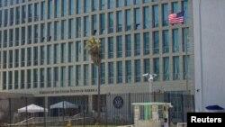 Un total de 24 funcionarios estadounidenses en la embajada de EE.UU. en Cuba han sido sufrido problemas de salud.