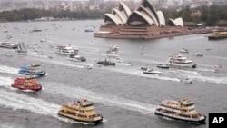 澳大利亚的地标建筑悉尼歌剧院前面的赛船活动(2017年9月12日)