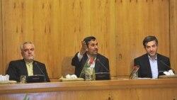 محمد رضا رحیمی، در کنار احمدی نژاد و مشایی در جلسه هیات دولت