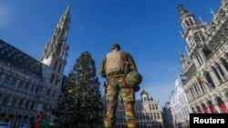 Belgijski vojnik u Briselu, 23. november 2015.