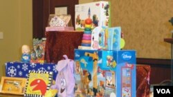 Los problemas incluyen pinturas tóxicas, químicos tóxicos utilizados para la elaboración y juguetes demasiado pequeños.