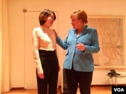 德國總理默克爾在北京會見人權律師王全璋的妻子李文足等709維權人士。(李文足臉書圖片)