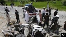 12일 아프가니스탄 카불 동부에서 일어난 차량폭탄테러 현장. (자료사진)