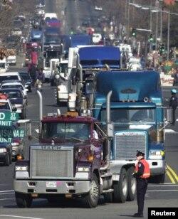 Badan Perlindungan Lingkungan Amerika atau EPA yang mengharuskan semua truk disel, mulai tahun 2010, mengurangi emisi unsur partikulat dan oksida nitrogen ke tingkat nol. (Foto: ilustrasi).