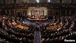 """美國國會參議院繼眾議院後通過救援在""""桑迪""""風暴中受災的法案"""