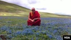 西藏僧人格桑益西(美国之音藏语组提供)