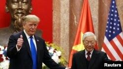 Tổng thống Trump và Tổng bí thư, Chủ tịch nước Nguyễn Phú Trọng trong cuộc gặp ở Hà Nội hồi tháng Hai năm nay.