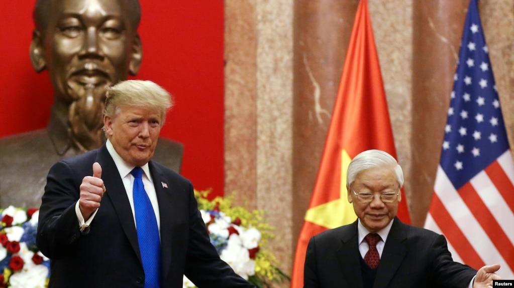 Ông Trọng tiếp ông Trump tại Hà Nội ngày 27 tháng Hai, 2019.