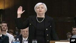 Dženet Jelen na pretresu u Senatu