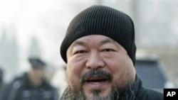中国知名异见艺术家艾未未(资料照片)