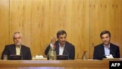 Իրանի նախագահն ավարտեց բոյկոտը նախարարների խորհրդում