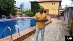 Eric Moussambani lors d'un entretien au CHN Flat-Hotel de Malabo, le 12 septembre 2020.