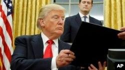 Le président des Etats-Unis Donald Trump, 27 janvier 2017.