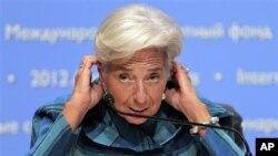 Direktur Pelaksana IMF, Christine Lagarde, mengatakan Tiongkok rugi karena tidak menghadiri pertemuan penting di Tokyo, Jepang (foto: 11/10).