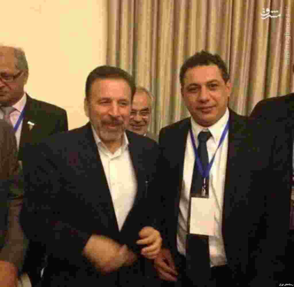 از بازداشت تا آزادی شهروند دارای اقامت آمریکا توسط جمهوری اسلامی - نزار زکا در مدت حضور در ایران و شرکت در کنفرانس، با محمود واعظی، وزیر ارتباطات و فناوری اطلاعات وقت دیدار کرده بود.