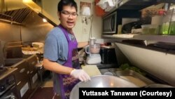 """Yuttasak Tanawan, """"Chef Tang,"""" a U.S.-based Thai chef demonstrated cooking for his social media followers."""
