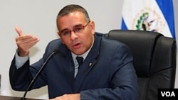 Funes es el anfitrión del encuentro con Lobo y Ortega donde analizan retomar la Declaración de Managua de 2007.