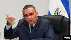 El presidente Mauricio Funes dijo que la política exterior de El Salvador no responde a ninguna ideología política.
