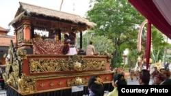 Arak-arakan karnaval budaya Bali, Jumat 12/10 (Foto: Setpres RI).