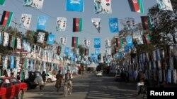 تبلیغات نامزدهای انتخابات پارلمان در افغانستان